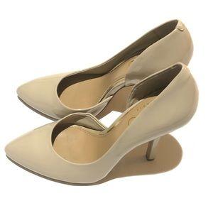 BCBG Patent Heels Cream Size 7
